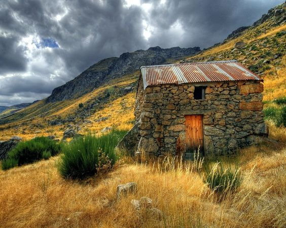 little stone house... love the vibrancy of the colours.