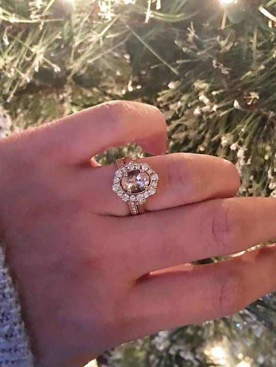 Did You Get Something Sparkly For Christmas Show Us With Helzberg Fanphotofavorite Engagemen Engagement Rings Wedding Jewelry Wedding Rings Engagement