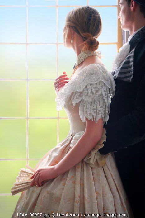 """""""É necessário um coração sem grades para que o amor entenda que é livre para ficar."""" —Pâmela Marques:"""