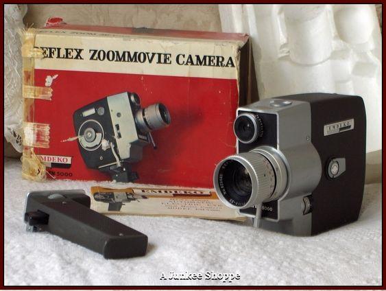 EMDEKO 8MM Reflex Zoom 1965 Movie Camera Fully Automatic Electric Eye EM 5000   HP 2887  http://ajunkeeshoppe.blogspot.com/