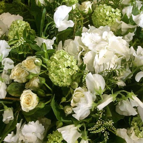 Classic White Seasonal Mix Bouquet #bouquet #flowers #florist #seasonal #whiteflowers