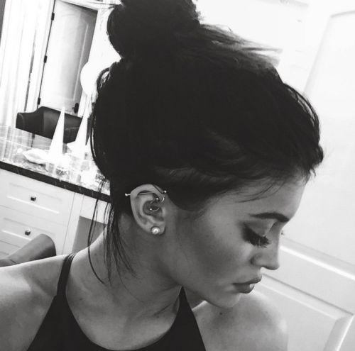 broccoli-queen:  Kylie queen jenner