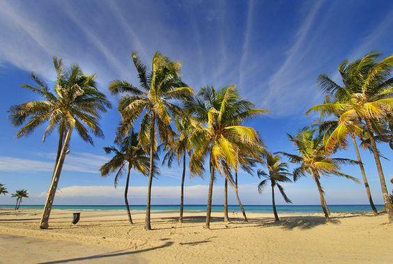 Beach ~10 outside Havana | Playas del Este