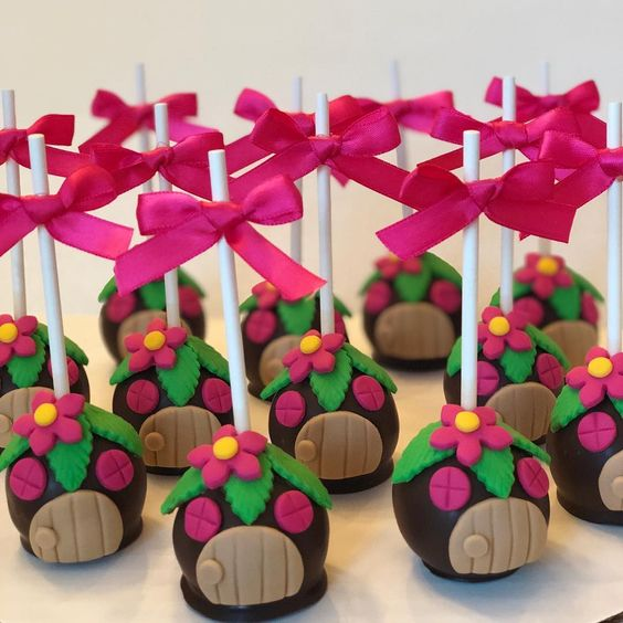 Chocolate Cake pops to Masha and the Bear party  #cakepops #chocolatecakepops #mashaandthebearparty #kesweetcakes #springtexas