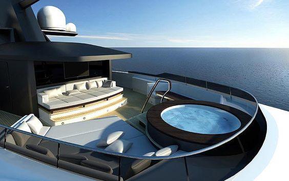 Yachtlife :-)