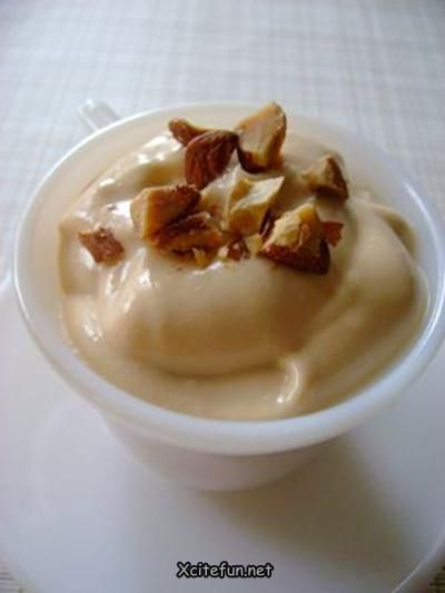 Tons of recipes for flavoured homemade yogurt!