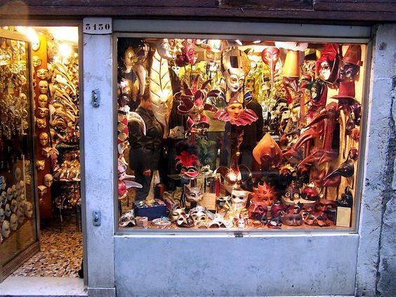 Venice-Mask-Shop.jpg 2,304×1,728 ピクセル
