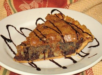 Toll House Cookie Pie....looks tasty!