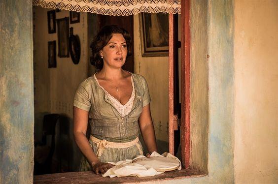 Eulália (Fabiula Nascimento) em gravação no interior de Alagoas (Foto: Globo/Caiuá Franco)