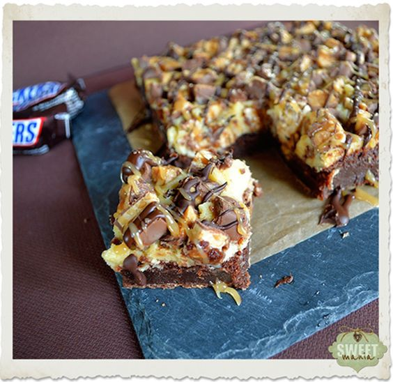 Brownie de cheesecake de Snickers / http://www.sweetmania.es/