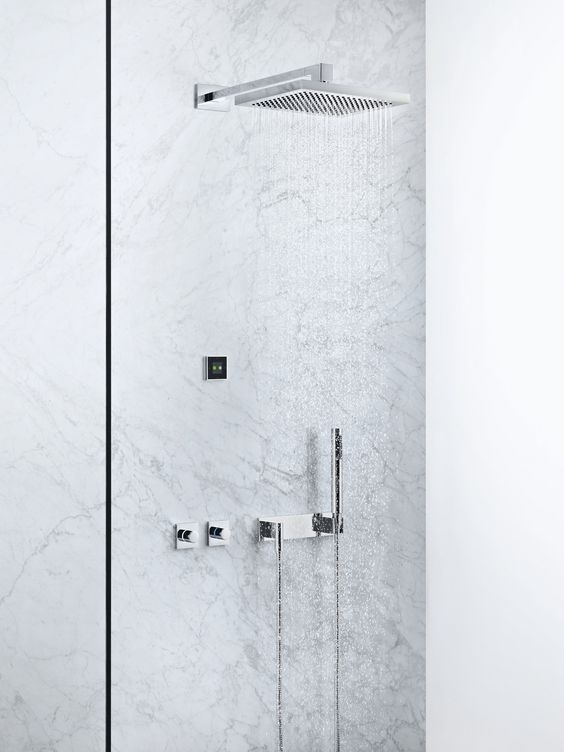 Smart Water in the showers  Whether in the shower, at the washstand or in the bathtub: SMART WATER allows individual positioning of control elements and outlet points. The concept ensures a very high degree of freedom for planning and design. Comfort functions, such as automatic filling of the bath or the warm-up function in the shower, offer additional added value.