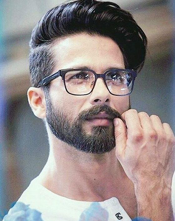 29 Medium Hairstyles For Mens 2018 Patchy Beard Styles Medium