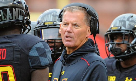 Lions bring on Randy Edsall for clock management = Clock management can be a crucial part of the game, and mistakes made on the sidelines can leave points on the board or at least not put a team in the very best position to win. The Detroit Lions know how.....