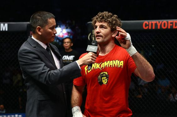 Ben Askren to defend ONE title against Nikolay Aleksakhin in April...      Ben Askren is in a new weight class where he remains the champion. Now, he has his next contender. Askren will defend his title against Nikolay Aleksakhin at ONE: Global Rivals on April 15 in Manila, ONE Championship officials confirmed with MMA Fighting on Wednesday. The Las Vegas......http://bit.ly/1TGxzVl