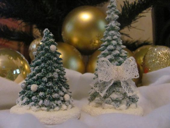 Christmas tree statue for a home decor by Nelyn on Etsy