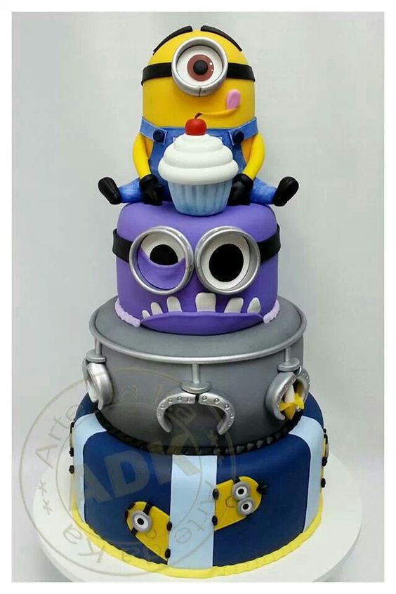 fondant wedding cakes pictures despicable me minion cake despicable me fondant cake 14384