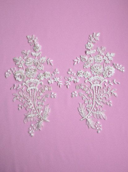 1 PAIR Of Delicate Floral Appliques  JUSTINE by allysonjames