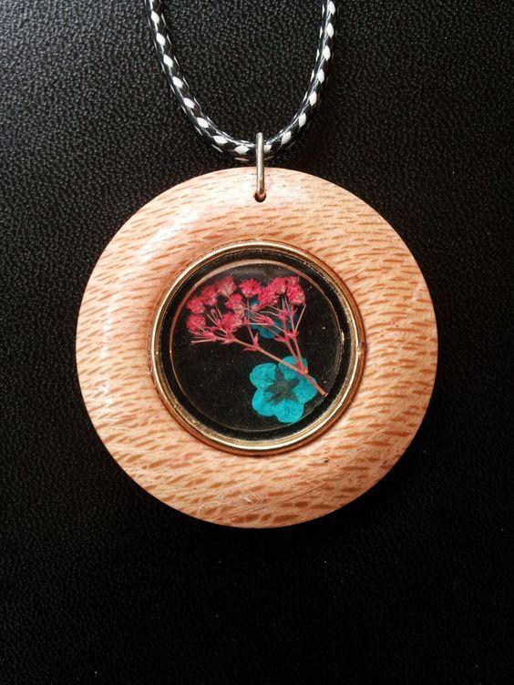 Flowers encased in Clear Resin in Reclaimed Oak + Free Shipping, flower jewelry, flower necklace by OurArtyCreations on Etsy