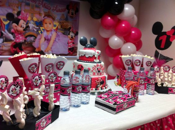 Decoracion Minnie Fucsia ~   fucsia de Minnie Mouse! Mesa de dulce personalizada! Candy Bar minnie
