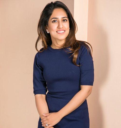 30 Most Successful Fashion Designers In India Every Girl Should Follow Fashion Design Fashion Indian Fashion Designers