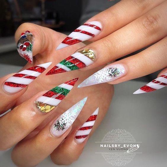 Christmas Stiletto Nails.40 Stylish Short Coffin Nail Art Designs 3 Polishh 3