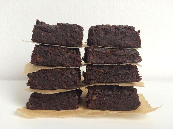Zoete aardappel brownies http://wateetjedanwel.nl/zoete-aardappel-brownies/
