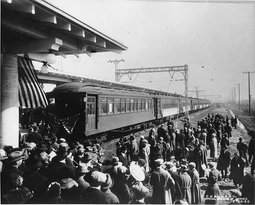 Hey Chicagoans! Check this out: 87 years ago 'L' service was first introduced on what's now the Yellow Line: http://ow.ly/i/MlPX