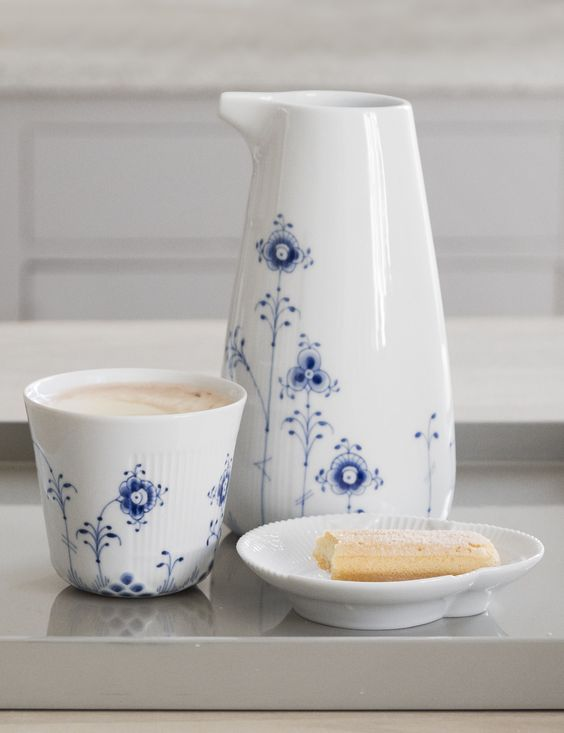 Afternoon coffee and a little sweet treat. Multicoloured Elements mug and jug and the little White Elements dish.