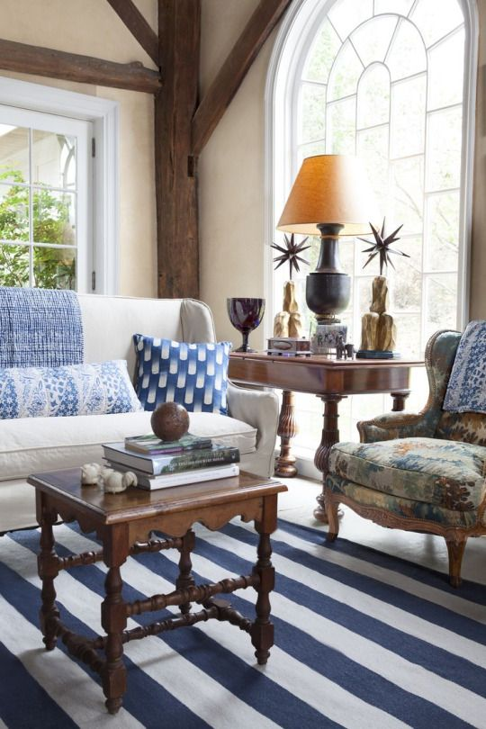 Bunny Williams design - Dash & Albert blue & white rug: