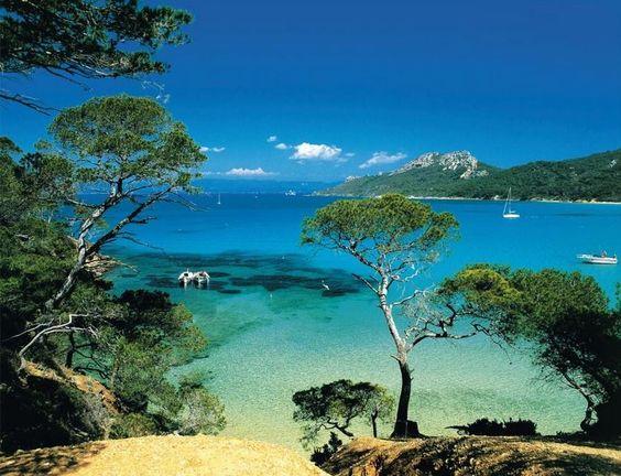 19 endroits de la Côte d'Azur que vous devez absolument voir avant de mourir... La 16 est un véritable paradis sur terre !