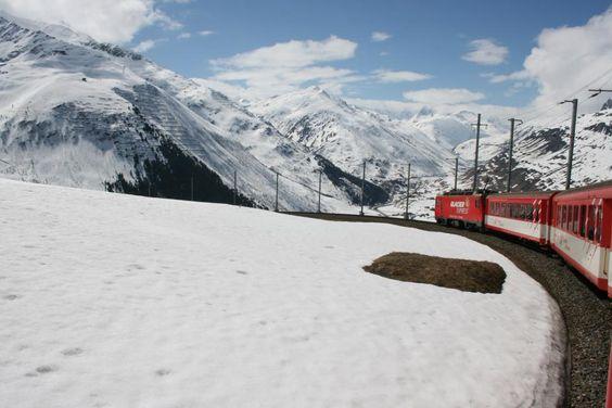 Train from Oberalp to Andermatt