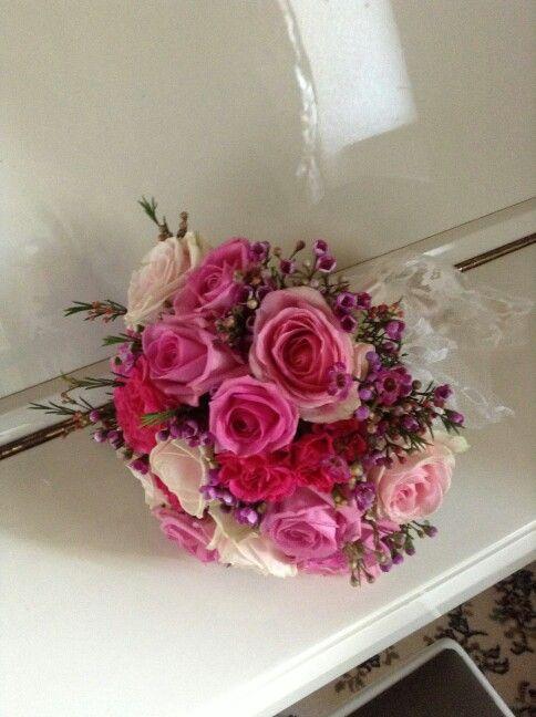 Let's Pink #pink #bouquet #flowerpower #floraldesign #colors #scent #fleur #sartoriafloreale