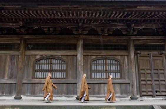 Monjes en Japón
