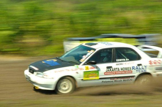 Balap Mobil Issom Mulai Lagi Balapan Ditonton Pembalap Event Update Racing 4 Autonews 4w Motorsport News Mobil Pembalap Pertahanan