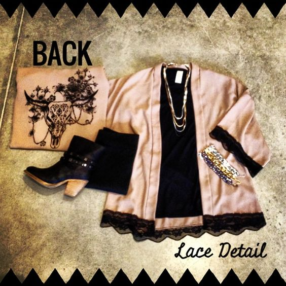 Make a simple tee stand-out with a cardigan! This one has a design on the back and lots of pretty black #lace! #nightout #dayout #leggings #layer #booties #mixmetals