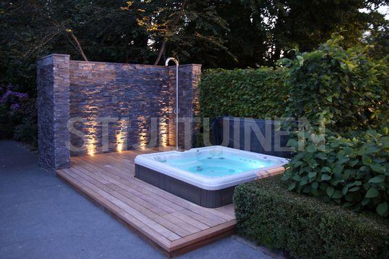 Moderne tuinen villatuin oostvoorne met zwembad for Moderne tuin met jacuzzi