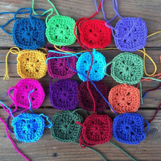 crochet squares for a crochet poncho, crochetbug, granny squares, crochet poncho, granny square poncho, josef albers