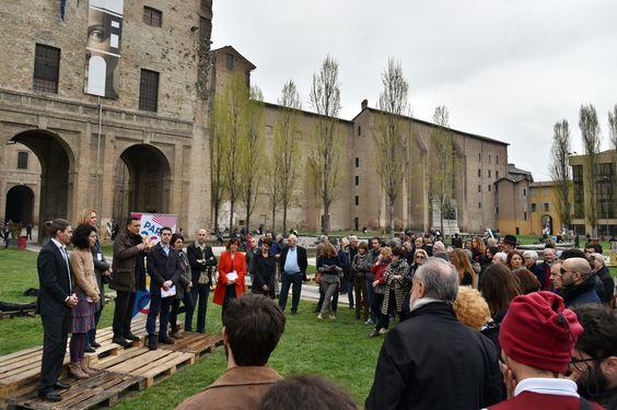 """2 Aprile: Cultura, partecipazione e rigenerazione: in Pilotta prende vita """"Il Terzo Paradiso"""" di Michelangelo Pistoletto che inaugura Parma 360- Festival della creatività contemporanea."""