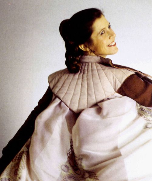 Princess Leia-Empire Strikes Back - nice view of the back of this costume!: