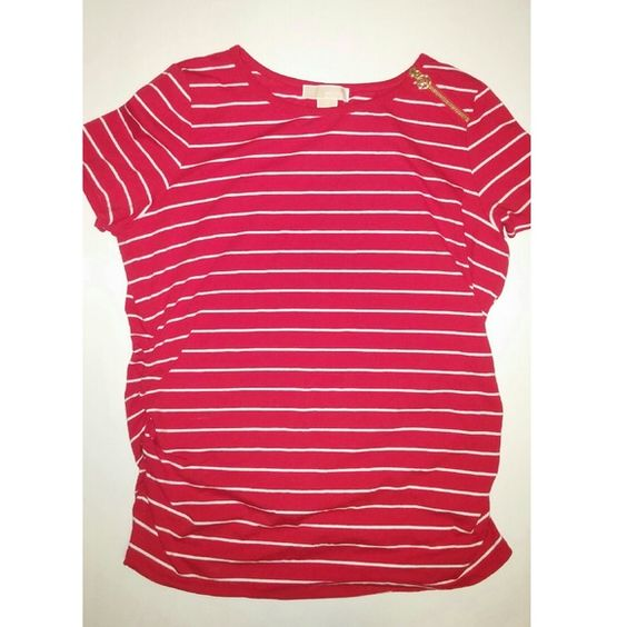 Michael Kors top Red and white striped with gold hardware. Has zipper on left shoulder with MK symbol. Rouched on both sides for a flattering look.95% cotton, 5% elastane. No flaws, in New condition Michael Kors Tops Tees - Short Sleeve