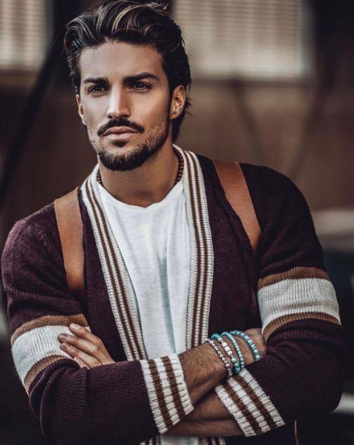 Hairstyle Italian Men Em 2020 Estilos Casuais Masculinos Moda Masculina Casual Retrato Masculino