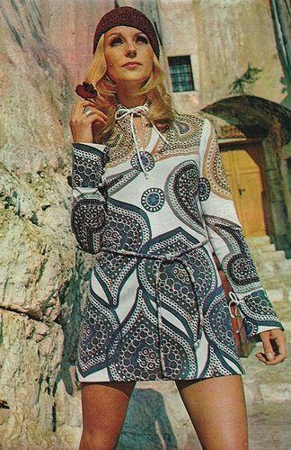 Vestido estampado de Christian Dior - Elle Francia, Marzo 1970