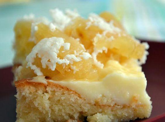 Que tal um pedaço de bolo de abacaxi com coco como sobremesa! Hmmmm... - Aprenda a preparar essa maravilhosa receita de Bolo Gostoso de Abacaxi com Coco