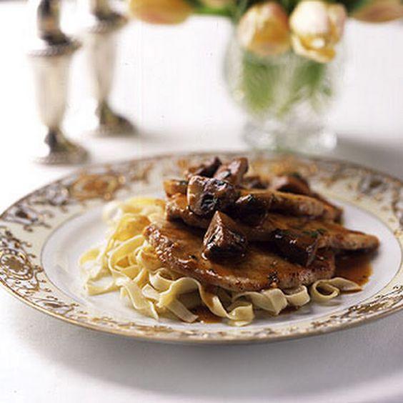 ... mushrooms garlic beef marsala wine garlic clove black dishes wine