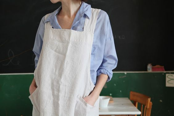 Apron for me - no ties    make some for housework AND      others for woodworking