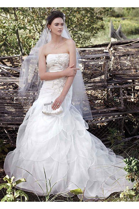Sample Sale Wedding Dresses & Gowns | David's Bridal