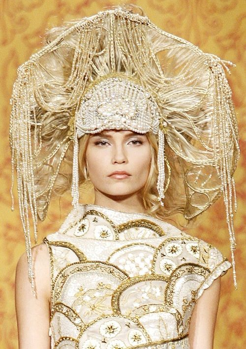 "Natasha Poly - Chanel Pre-Fall 2009 ""Paris-Moscou"""
