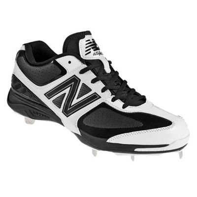 New Balance MB4040 Low Metal Cleats! On clearance for $59.99!!
