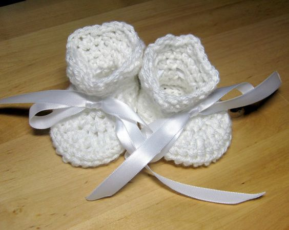 Baby Booties Shell trim Crochet top with ribbon tie by hamburke, $22.00 #swag #abees #rt #boebot