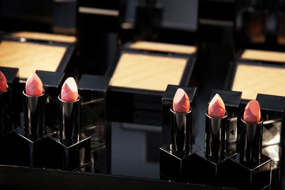 Burberry Beauty - Spring/Summer 2012 Look - Behind The Scenes